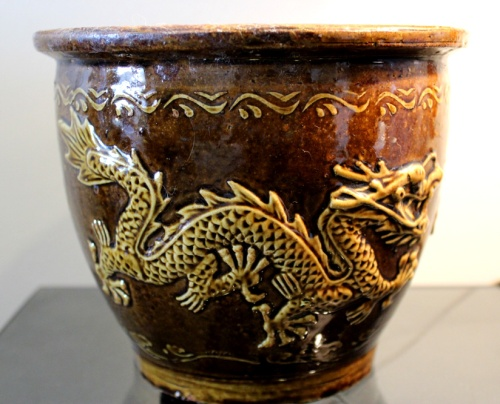 urn 03