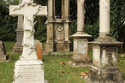 wall of tombstones 05
