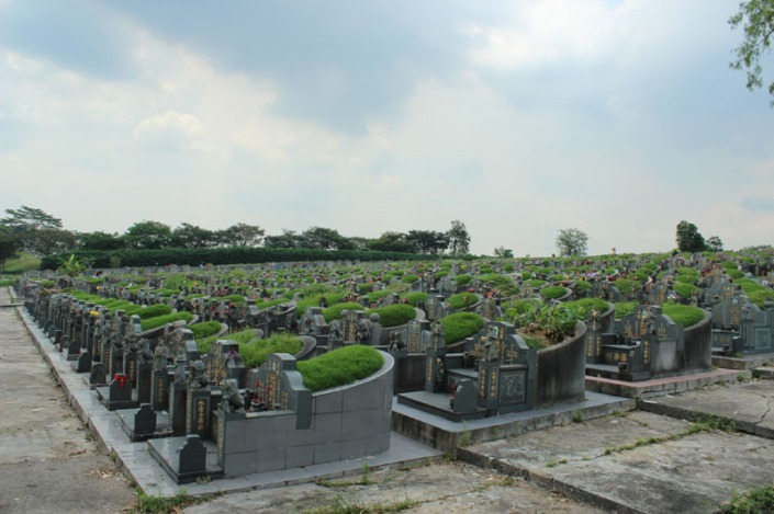 choa chu kang cemetery 01