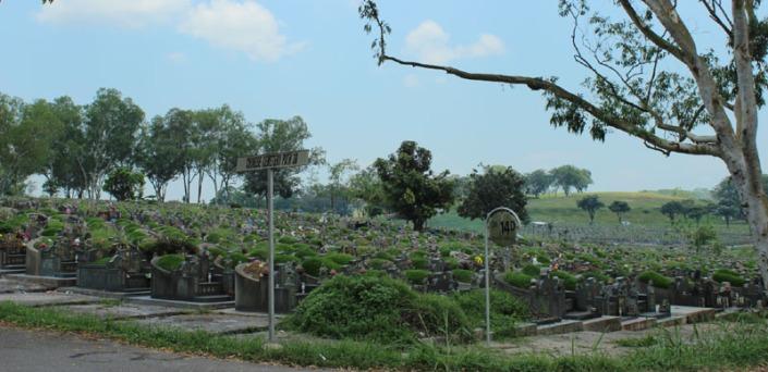 choa chu kang cemetery 08