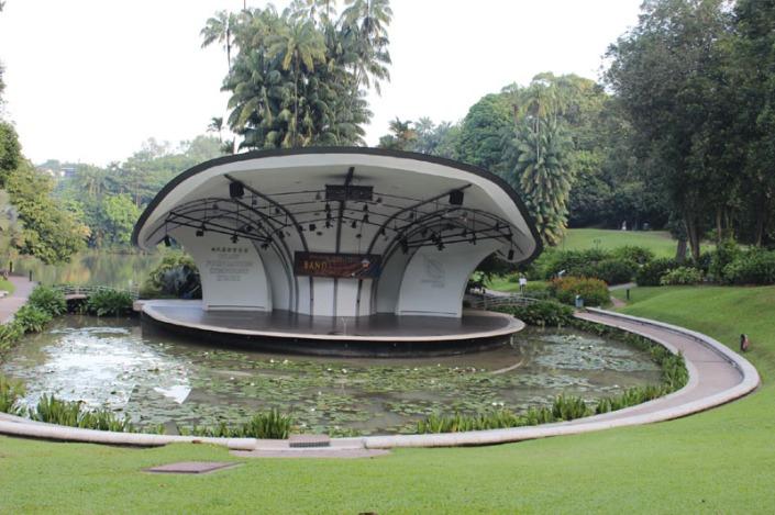 b amphitheatre 01